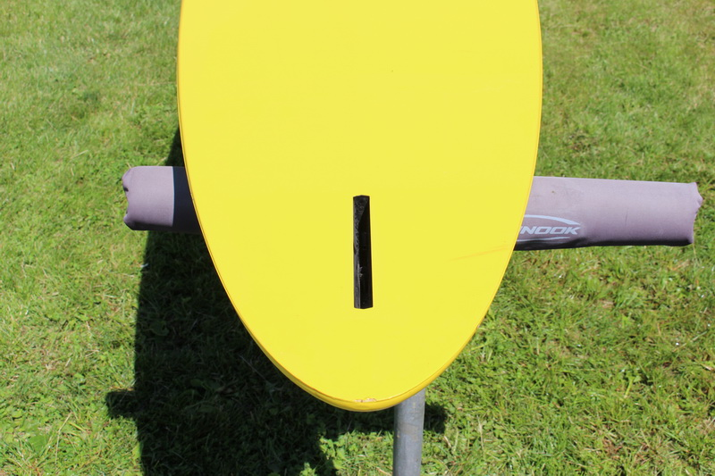 F2 Axxis Windsurf Board with Bag Used - Click Image to Close